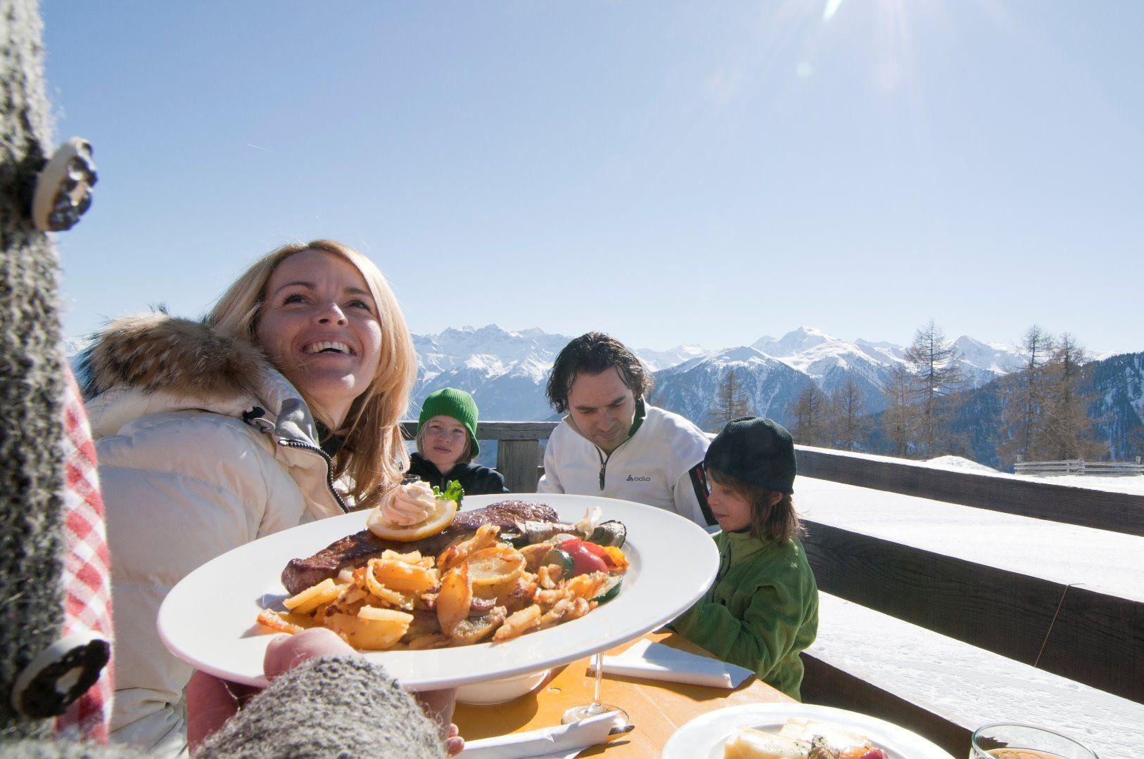 Genuss auf der Höferalm im Skigebiet Watles