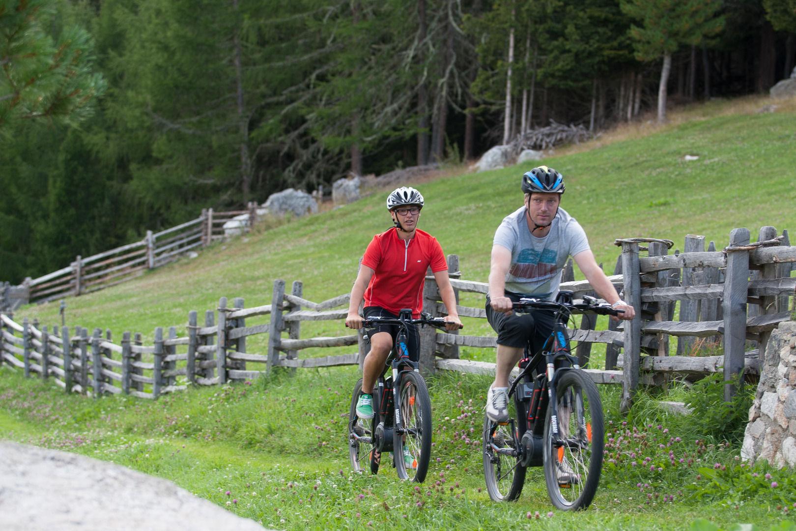 E-Bike-Morterer Alm-Latsch-Martell-fos