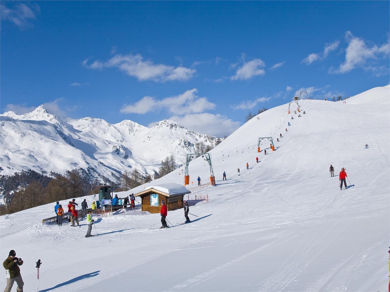 [Tschunggai-Lift im Skigebiet Watles]