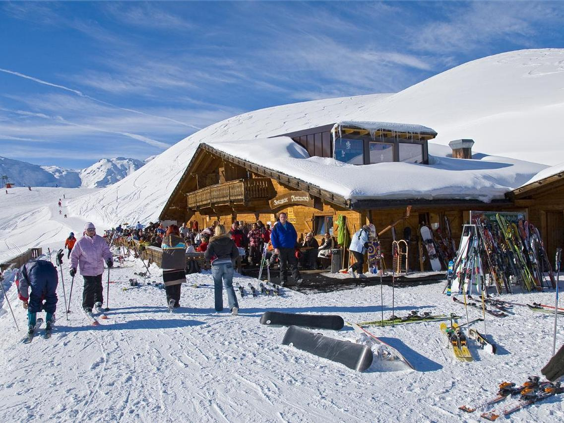 [Plantapatschhütte im Skigebiet Watles]