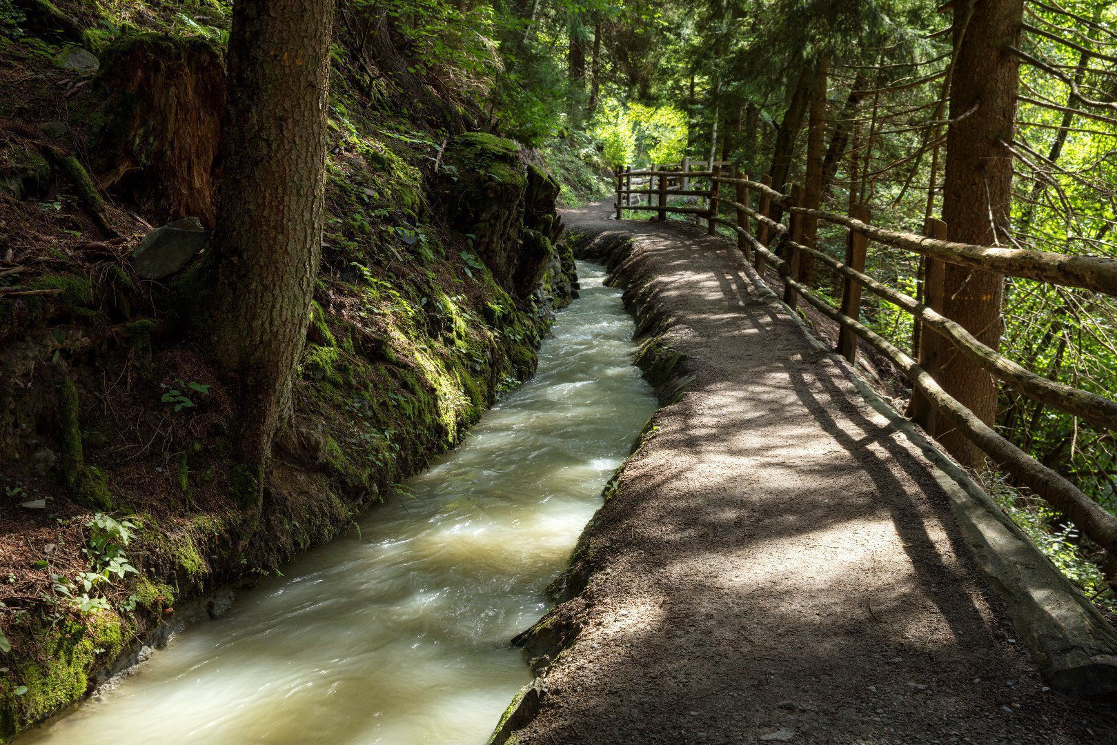 wandern-leiten-berkwaal-vinschgau-fb