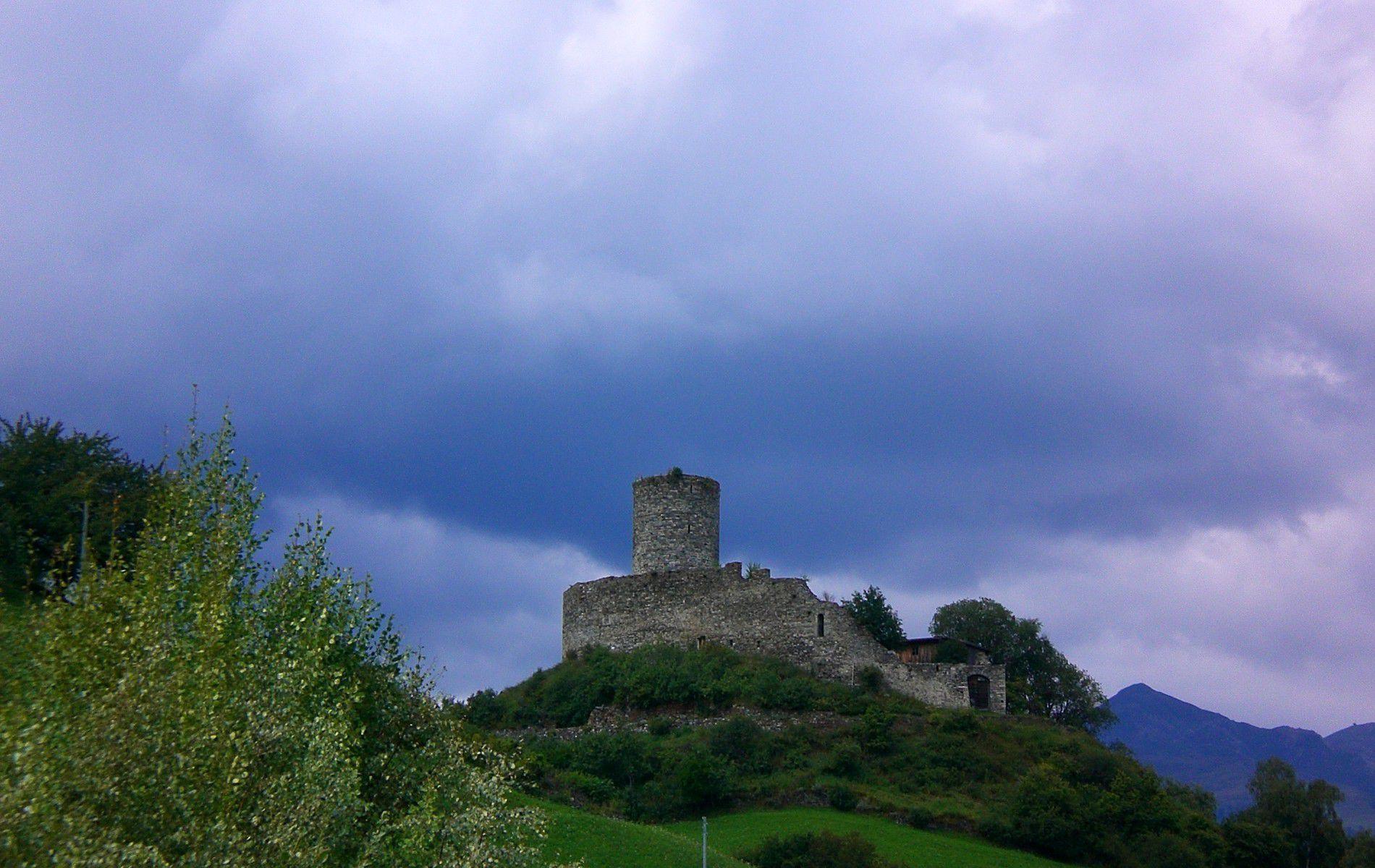 Ruine_Tschenglsberg.jpg