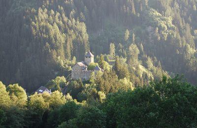Schloss Wiesberg 02