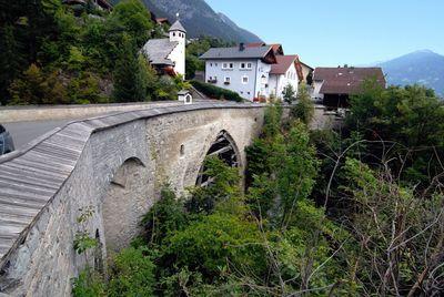 Grins Römerbrücke.jpg