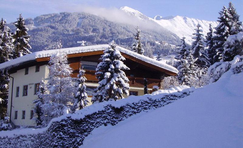 Holiday Apartment Ferienwohnung Alpina