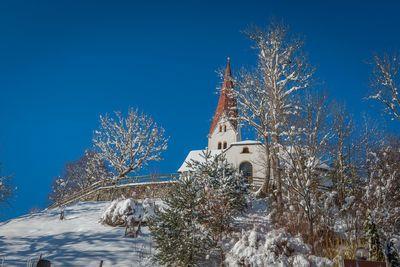 Alte Pfarrkirche St. Peter im Winter