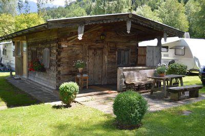 Alpencamping Mark Holzhütte.JPG