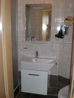 Haus Pfandler Badezimmer.JPG