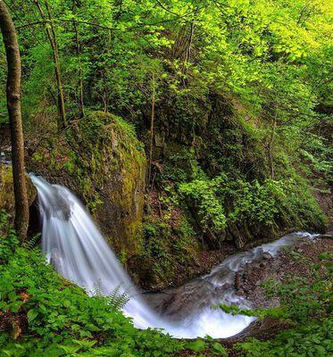 Pioniersteig mit Piller Wasserfall