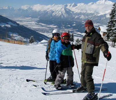 Skiing day at Huettegglift